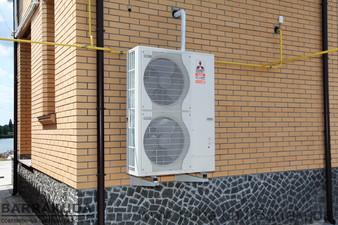 Дом 260 кв.м. Реконструкция системы отопления - установка воздушного теплового насоса ZUBADAN 14 кВт и подключение к существующей системе отопления — Барракуда - Современные системы отопления