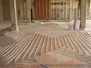 Монтаж теплої підлоги в заміському будинку — САНПОЛ