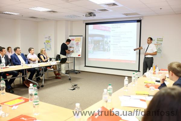 «Данфосс ТОВ» поделилась практикой энергоэффективного строительства с собственниками и управляющими крупнейших объектов коммерческой недвижимости Киева