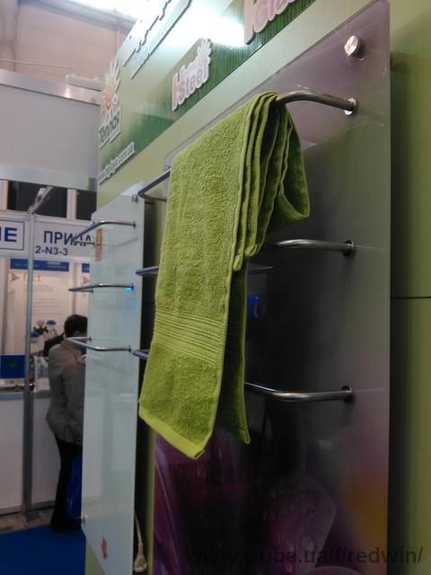 Новинка: полотенце-сушитель электрический.