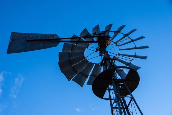Приняты новые «зеленые» тарифы для ветровых и солнечных станций