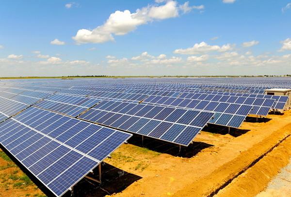 В Днепропетровской области в четырех районах построят солнечные электростанции
