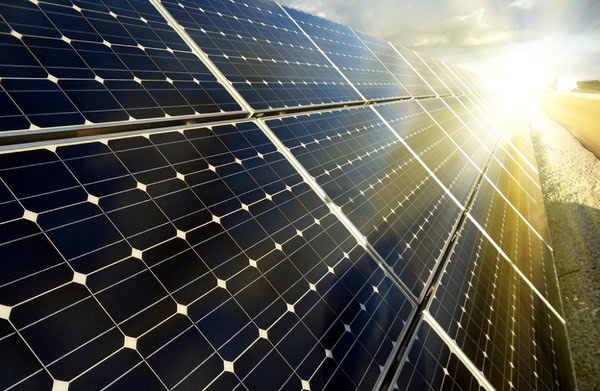 На Львівщині запустили найбільш потужну в Україні дахову сонячну електростанцію