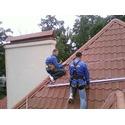 Монтаж солнечного коллектора на наклонную крышу